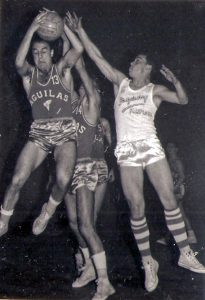 3-051-ARGARAY.AGUILAS-Como-Rebotea-Esparta--(20-Marzo-1960)