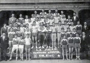 3-062-GRANDE--LA-SALLE-SANTIAGO-APÓSTOL--Temp.-1957-58