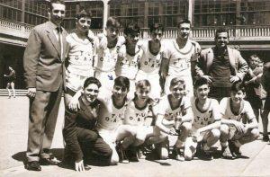 4-002-TORRE-URIZAR-OAR-Camp.-Copa-Inf.-(Temp.-1960-61)