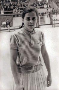 4-035--Mª-VICTORIA-Yoya-ASTIGARRAGA---Mejor-Deportista-Vizcaya-1965