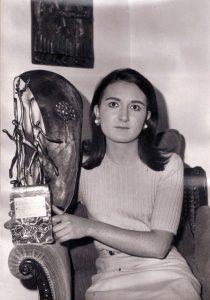 4-047-SOFIA-LAMANA-Mejor-Deportista-Vizcaína--1966